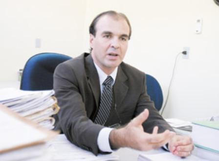 O juiz da 114ª Zona Eleitoral, Mário Parente, já havia negado, liminarmente, a participação de Heitor Férrer no segundo turno de votação (Foto: Kiko Silva/Diário do Nordeste)