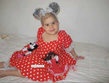 O valor estipulado para o procedimento cirúrgico de Ana Cecília, 4 anos, no Hospital Israelita Albert Einstein, é de R$ 500 mil (Foto: Arquivo Família)