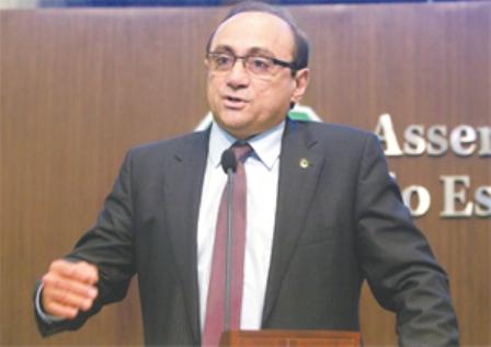 Projeto é do 1° vice-presidente da Assembleia Legislativa, deputado Tin Gomes (PHS) (FOTO: JOSÉ LEOMAR/DIÁRIO DO NORDESTE)