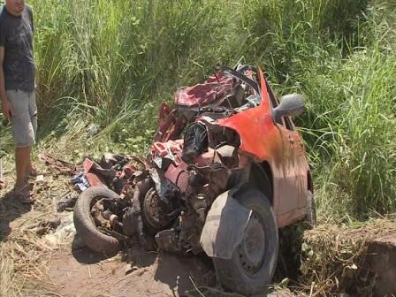 Acidente ocorreu no início da manhã desta quarta-feira (22) (Foto: Foto: TV Verdes Mares/ Reprodução)