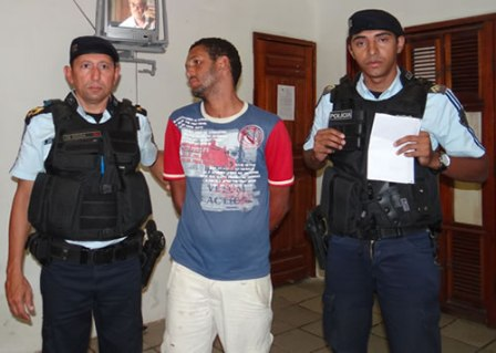 Cícero Fernandes Farias, 30 anos, foi preso (Foto: Luan Vieira/Iguatu.Net)