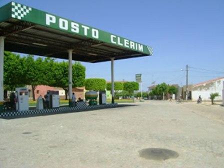 O Posto de Combustíveis Clerim também foi alvo dos assaltantes. (Foto: Artur Virgílio /Rádio Montevideo )