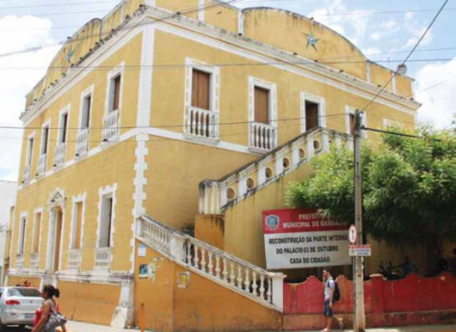 Palácio 3 de Outubro (Foto: Jornal do Cariri)