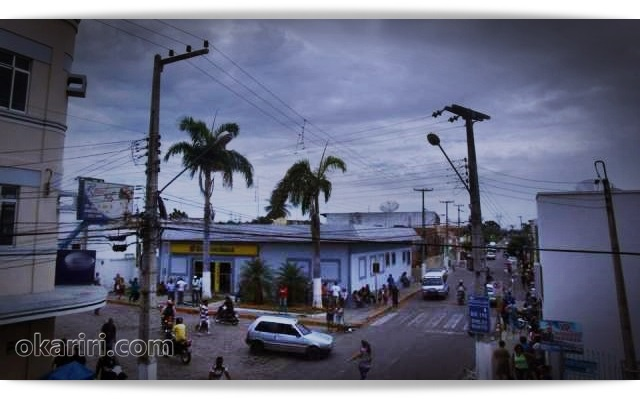 A chuva surpreendeu e amenizou o calor | Foto acervo Agência OKariri