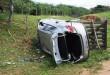 Com o impacto o carro ficou a cerca de 10 metros do acostamento.