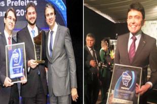 Os prefeitos Guilherme Landim de Brejo Santo e Hellosman Sampaio de Milagres recebendo o premio em outras edições | Fotos reprodução Facebook