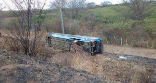 Duas pessoas morrem em acidente envolvendo ônibus da Guanabara, em Milagres
