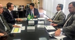 Camilo Santana cumpriu agendas em Brasília para tratar sobre a retomada das obras da Transposição do São Francisco e outras ações em recursos hídricos no Ceará (Foto : Thiago Cafardo / Governo do Ceará)