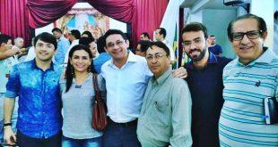 Da direita para a esquerda da tela: Raphael Caldas, Elisangêla Crisostomo, Lielson Landim, padre Josias, Felipe Jacó e o Padre Ivo | Foto Jânio Xavier