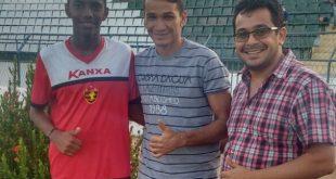 José Leandro ao lado de Ronaldo Angelim ex-Flamengo e de Moisés Filho Secretario de Esporte | Foto: DIVULGAÇão
