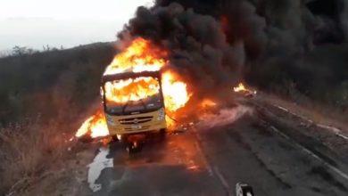 Ônibus incendiado em Granja